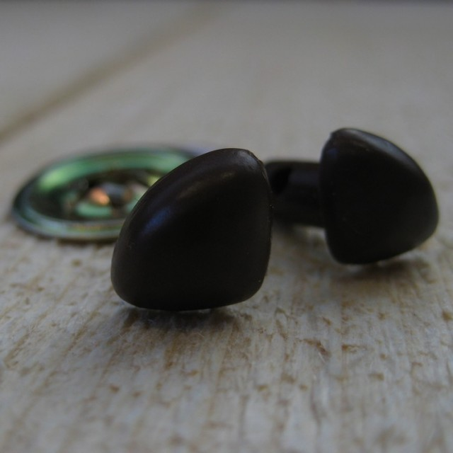 veiligheidsneus bruin 24mm